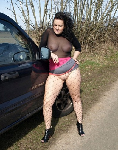 english-milf-daniella-teasing-in-her-fishnet-stockings